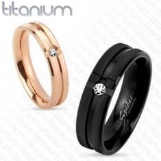 Titanový prsten měděné barvy, dekorativní zářezy, čirý zirkon, 4 mm