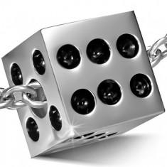 Přívěsek z chirurgické oceli, matná hrací kostka, černé glazované tečky