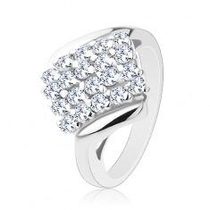 Lesklý prsten stříbrné barvy, blýskavý čtverec posetý barevnými zirkony R38.27