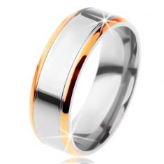 Prsten z titanu - lesklý pás stříbrné barvy se zářezy a lem zlaté barvy
