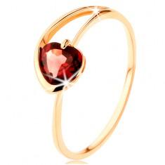 Prsten ze žlutého 14K zlata - červené granátové srdíčko, asymetrická ramena