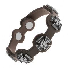 Černý náramek ze syntetické kůže, ocelové maltézské kříže s patinou Y30.05