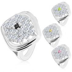 Mohutný prsten stříbrné barvy, kosočtverec zdobený blýskavými zirkony R42.6