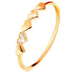 Prsten ve 14K žlutém zlatě - malá blýskavá srdíčka, čiré zirkonky