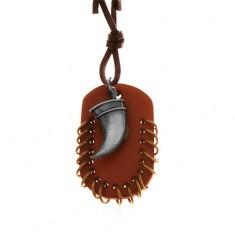 Kožený náhrdelník, přívěsky - hnědý ovál s malými kroužky a zahnutý tesák