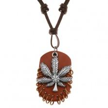 Náhrdelník z umělé kůže, přívěsky - list marihuany a hnědý ovál s kroužky