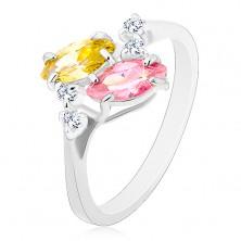 Prsten ve stříbrném odstínu, růžová a žlutá zirkonová zrnka, čiré zirkonky