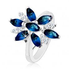 Blýskavý prsten stříbrné barvy, modro-čirý zirkonový květ, lesklá ramena