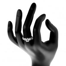 Zásnubní prsten, stříbro 925, třpytivá ramena s tenkými liniemi, čirý zirkon