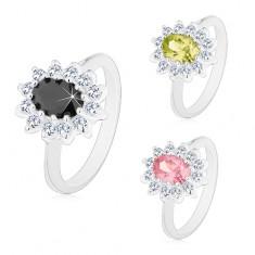 Prsten s hladkými rameny stříbrné barvy, broušený ovál, čirý zirkonový lem
