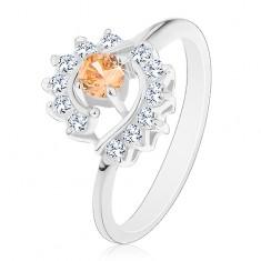 Prsten ve stříbrném odstínu, světle oranžový zirkon, čiré zirkonové oblouky