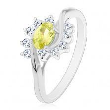 Prsten s lesklými rameny, světle zelený zirkonový ovál a obloučky z čirých zirkonů
