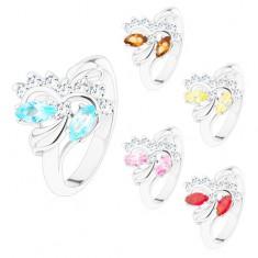 Prsten stříbrné barvy, broušená barevná zrnka a kulaté čiré zirkonky