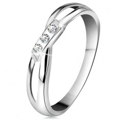 Zlatý 14K prsten - tři kulaté diamanty čiré barvy, rozdělená ramena, bílé zlato BT178.92/98 Šperky eshop