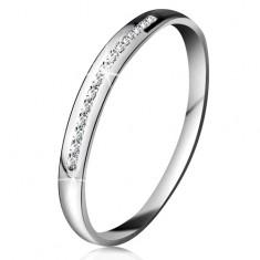 Briliantový prsten v bílém 14K zlatě - blýskavá linie drobných čirých diamantů