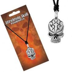 Nastavitelný náhrdelník, černá šňůrka a přívěsek ve tvaru lebky s rýhami na čele