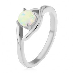 Prsten z chirurgické oceli stříbrné barvy, kulatý syntetický opál, rozdělená ramena