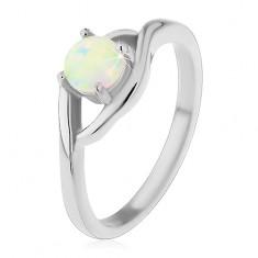 Prsten z chirurgické oceli stříbrné barvy, kulatý syntetický opál, rozdělená ramena H4.15