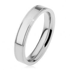 Ocelový prsten stříbrné barvy, podélné okrajové zářezy, 4 mm
