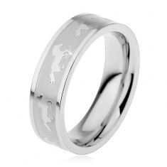 Prsten z chirurgické oceli s matným středem, cválající koně, 6 mm