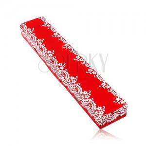 Dárková červená krabička na řetízek nebo náramek, vzor bílé krajky