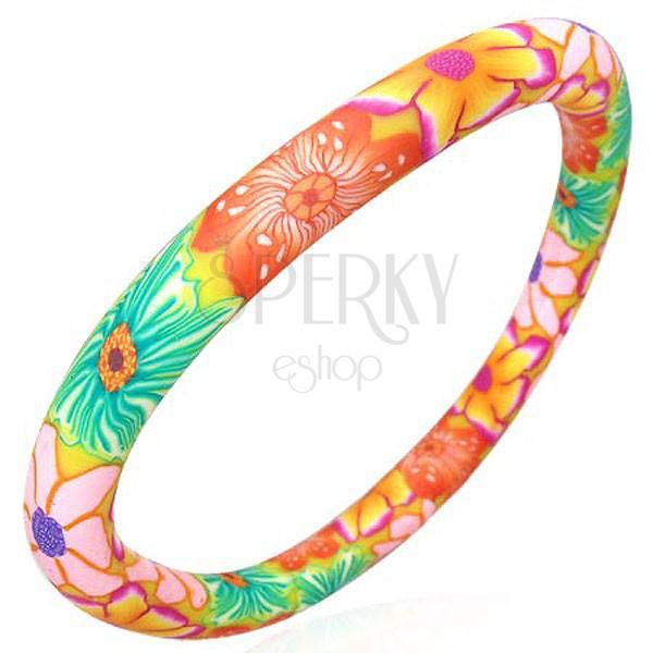 Náramek Fimo barevné květy tělové barvy