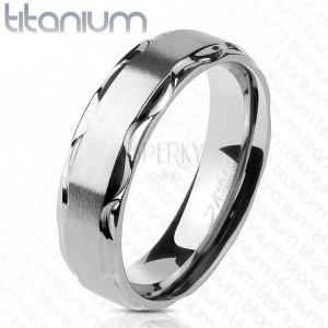 Prsten z titanu s matným středem a lesklými vlnitými okraji, 6 mm