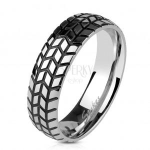 Ocelový prsten stříbrné barvy, strukturovaný dezén pneumatiky, 6 mm
