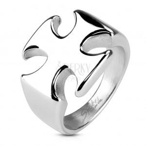 Masivní prsten z chirurgické oceli, hladký lesklý maltézský kříž