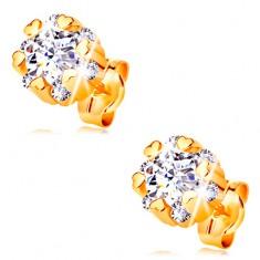 Zlaté 14K náušnice - zářivý květ čiré barvy a drobná lesklá srdíčka GG204.26 Šperky eshop