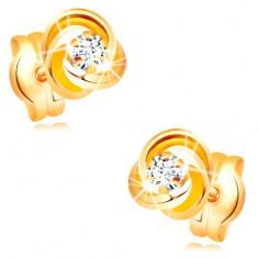 Náušnice ze žlutého zlata 585 - uzel ze tří prstenců, čirý zirkon uprostřed GG32.30