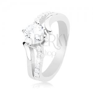 Stříbrný prsten 925, rozdvojená zvlněná ramena, kulatý čirý zirkon