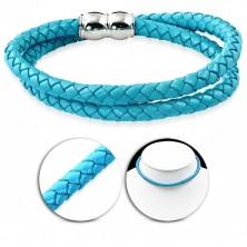 Náhrdelník ze světle modré umělé kůže, pletený vzor, magnetické zapínání