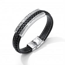Černý koženkový náramek, ocelová známka stříbrné barvy - řecký klíč