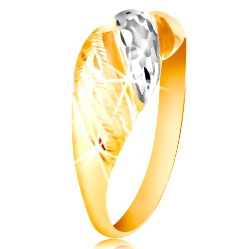 Zlatý prsten 585 - vypouklé pásy žlutého a bílého zlata, blýskavé rýhy - Velikost: 49