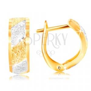 Zlaté náušnice 585 - třpytivé pískované pásy ve žlutém a bílém zlatě