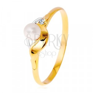 Diamantový prsten ze 14K zlata, dvoubarevné vlnky, čirý briliant a bílá perla