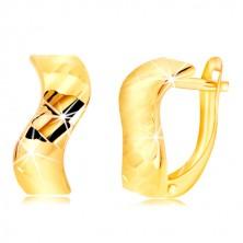 Náušnice ze žlutého zlata 585 - zvlněný pás, lesklé vybroušené plošky