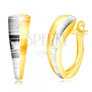 Náušnice v kombinovaném zlatě 585 - asymetrický oblouk, polovina v bílém zlatě