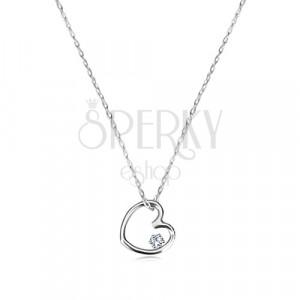 Briliantový náhrdelník v bílém 9K zlatě - souměrné srdíčko s diamantem