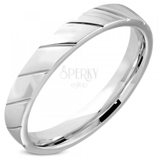Prsten z oceli - diagonální zářezy v podobě zrnek, lesklý povrch, 4 mm