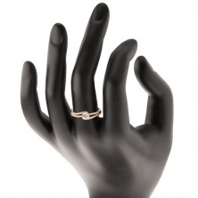 Zlatý prsten 375 s rozdělenými třpytivými rameny, čirý zirkon