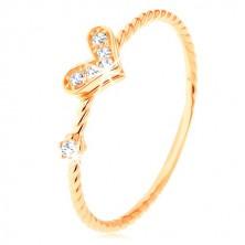 Zlatý prsten 375, spirálovitě zatočená ramena, třpytivé srdíčko, zirkon