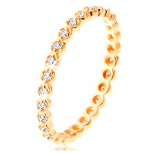 Zlatý prsten 375 - kulaté čiré zirkonky po celém obvodu, zvlněné okraje