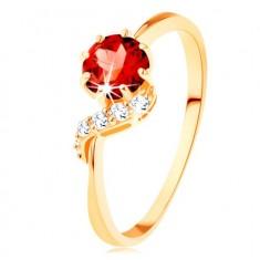 Zlatý prsten 375 - kulatý granát červené barvy, blýskavá vlnka