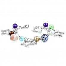 Náramek - syntetické perly, dvoubarevné korálky, kontury hvězd a květy
