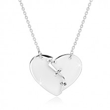 Náhrdelník ze stříbra 925 - zlomené srdce sešité třemi stehy, zrcadlově lesklý povrch