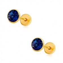 Náušnice ze žlutého zlata 585 - safírově modrý zirkon v objímce, puzetky se závitem, 5 mm