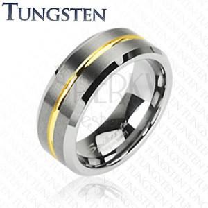 Wolframový prsten s pruhem ve zlaté barvě