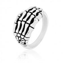 Prsten ze stříbra 925 - detailně tvarovaná kostra ruky, lesklá ramena, patina